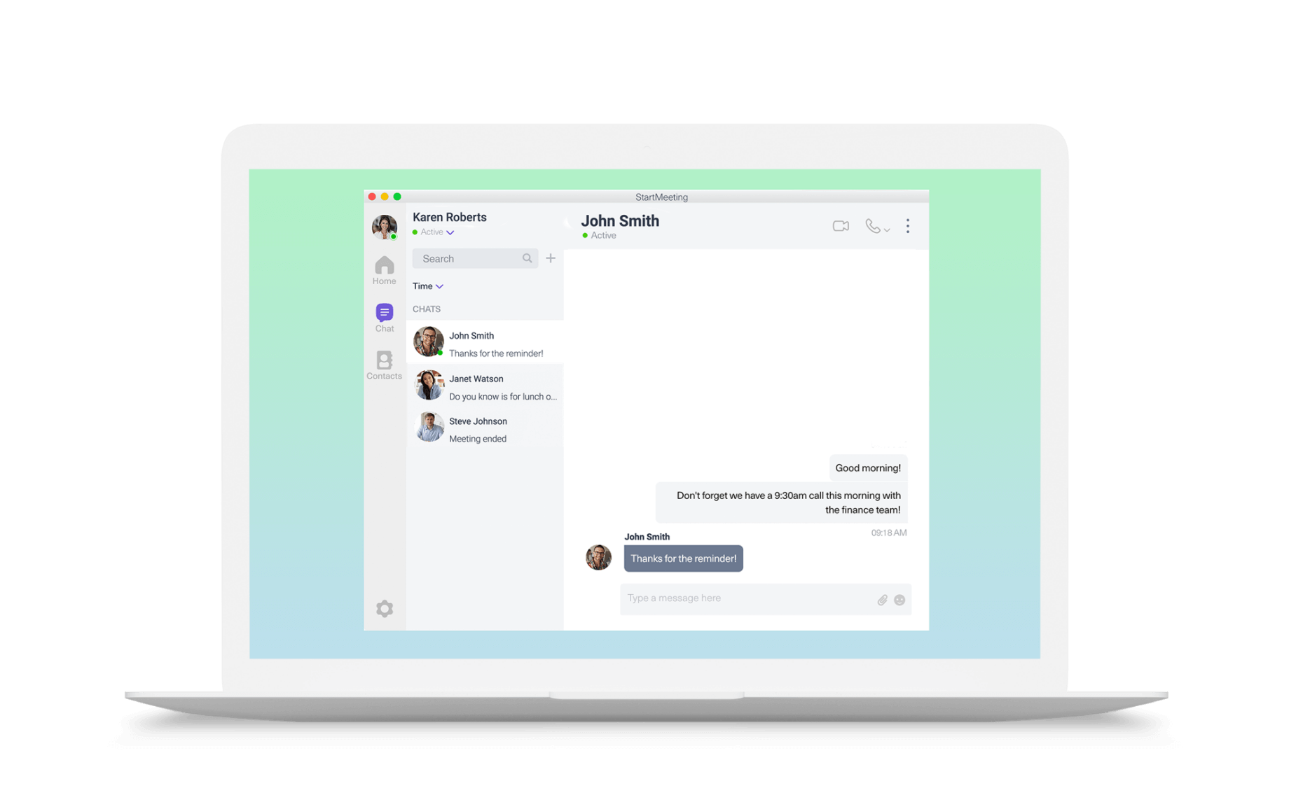 Laptop with Startmeeting team chat